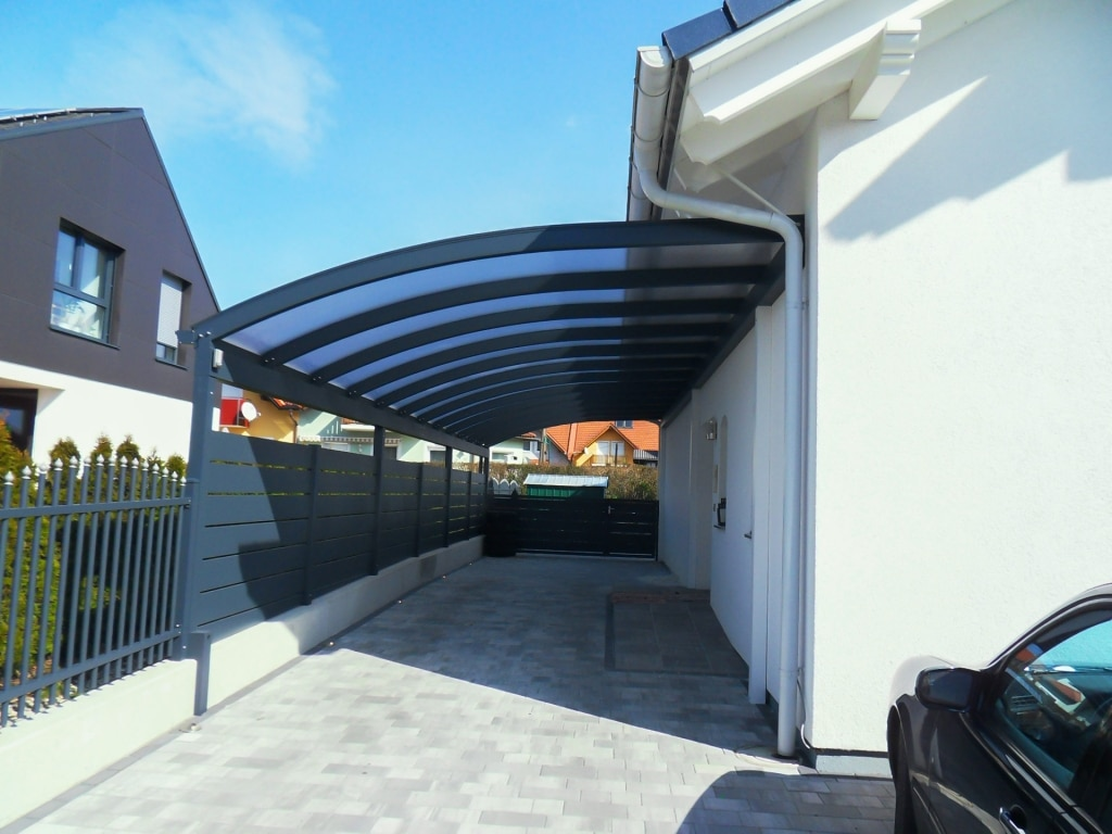 Carport 18 c   anthrazitfarbenes Carport mit Runddach und Doppelstegplatten   Svoboda Metalltechnik