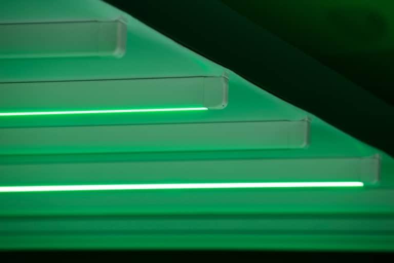 Nomo LED 01 b | Schiebemarkise LED-Beleuchtung auf Markisentuchträgern, LED-Stripes, grün | Svoboda