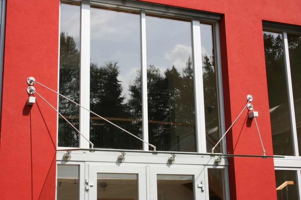 Nurglasvordach 03 b | Eingangsdach aus Edelstahl und Glas | Svoboda Metalltechnik