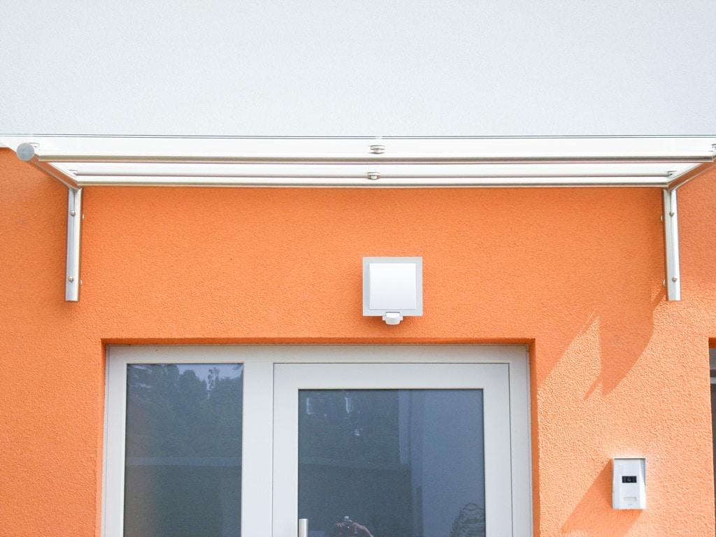 Nurglasvordach 20 e   Eingangsüberdachung Mattglas auf Edelstahlrahmen   Svoboda Metalltechnik