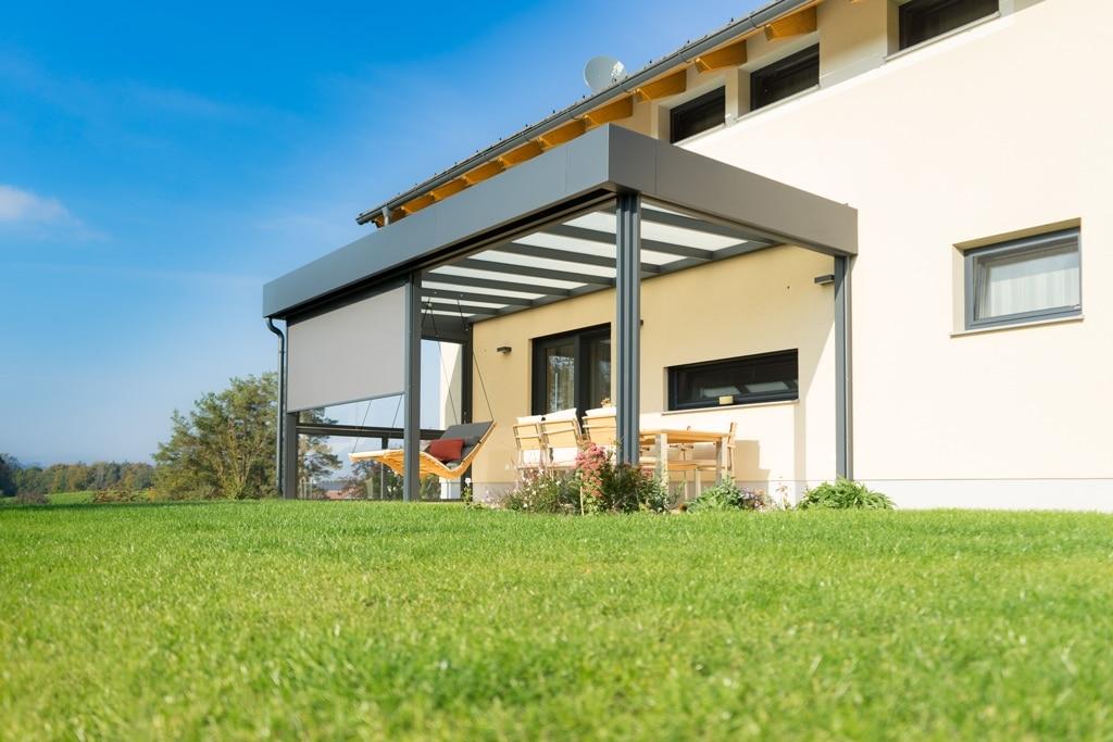 Terrassendach Alu 92 c   gerades Aluminium-Glas-Dach modern, Attika Flachdach-Optik grau   Svoboda