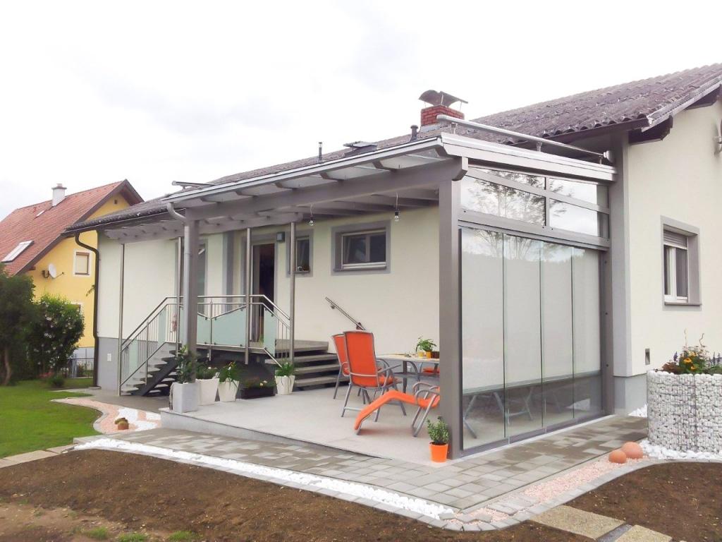 Vordach Alu 16 a | Alu-Glas-Dach grau bei Eingang & Terrasse, Verglasung seitlich, Markise | Svoboda