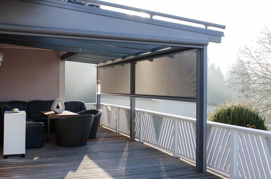 Z 02 a | Vertikalmarkise als senkrechte Beschattung bei Aluminium-Terrassendach | Svoboda