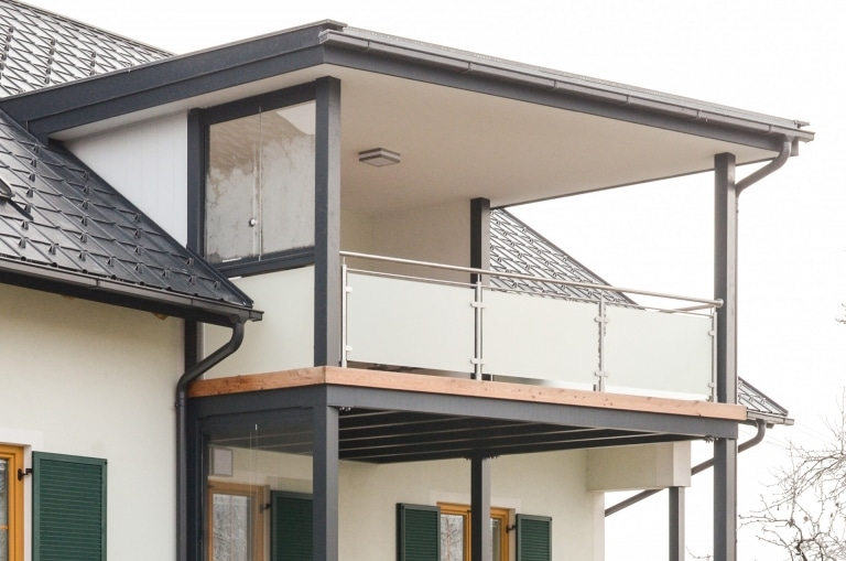 Zubau 09 a | Zweistöckiger Terrassenanbau inkl. Dachgeschoss aus Alu, Holzboden, Geländer | Svoboda