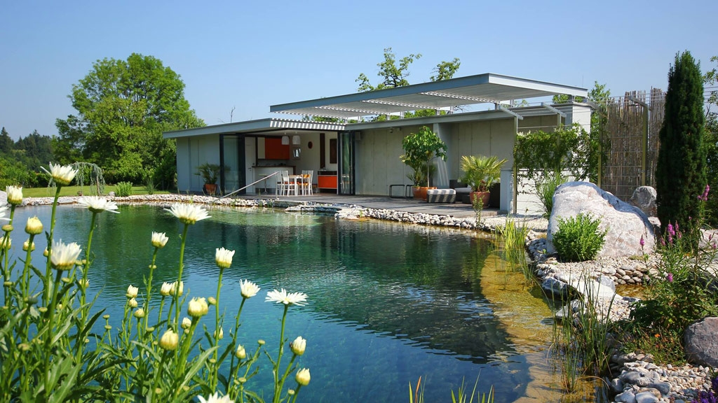 Faltwand 08 b | Falt-Verglasung bei Terrassen Outdoorküche geöffnet | Svoboda Metalltechnik