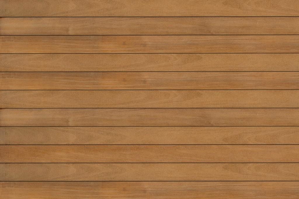 Fano Musterbild Teak geölt | Outdoor-Böden aus Echtholz helles rot-braun | Svoboda Metalltechnik