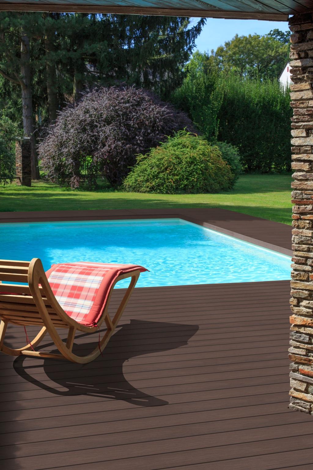 Fano Ultrashield IPE 03 | brauner Bodenbelag für die Terrassen im Außenbereich bei Pool | Svoboda