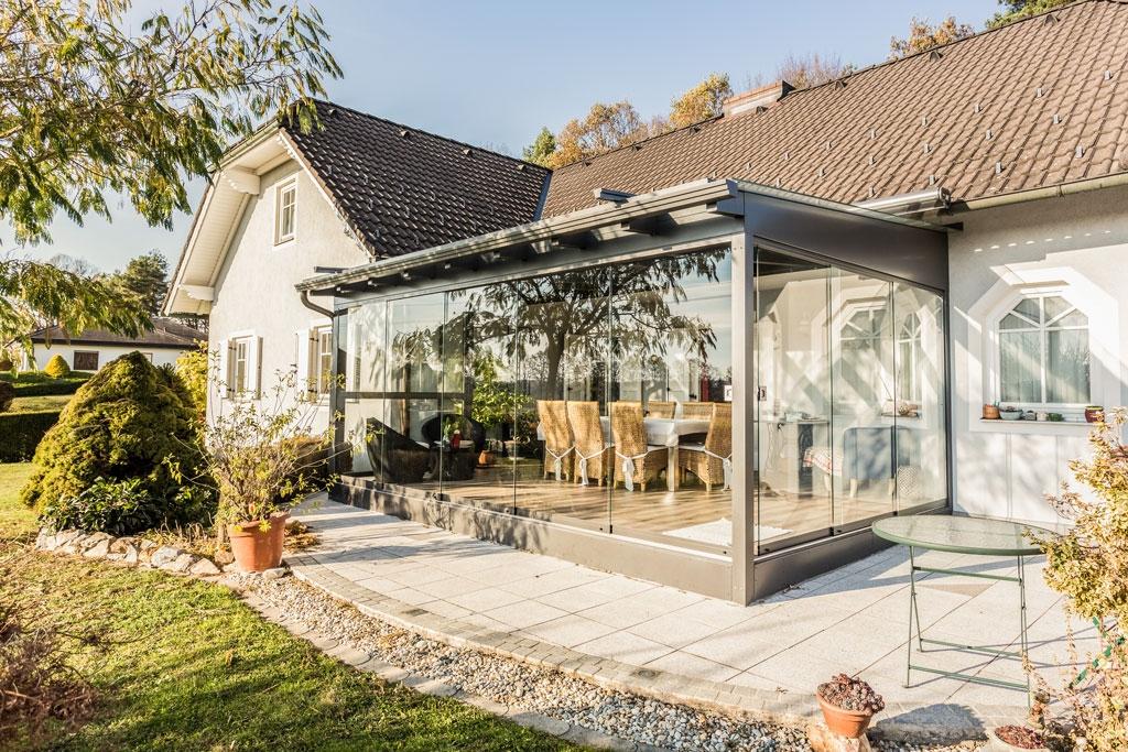 Sommergarten Alu 31 a | Rundumverglasung Terrassen Dach grau mit Boden & Unterkonstruktion | Svoboda