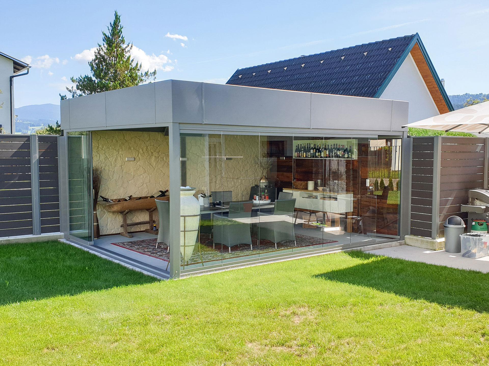 Sommergarten Alu 38 a | graues Alu-Dach freistehend grau im Garten mit Verglasung, Attika | Svoboda
