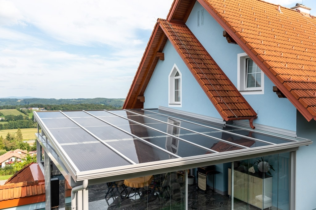 Photovoltaik-Sommergarten Alu 01 z3 | Draufsicht Photovoltaik-Eindeckung bei Alu-Dach grau | Svoboda