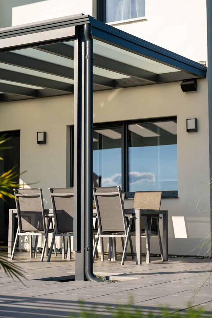 Terrassendach Alu 97 s | Alu-Dach mit Alu-Dachrinne und Alu-Regenablaufrohr anthrazit | Svoboda