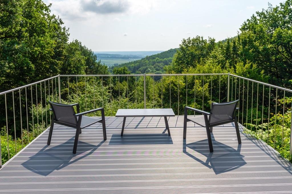 Zubau 19 f | Aluminium Terrassenzubau mit Aussichtsplattform, Alubodenbelag grau | Svoboda