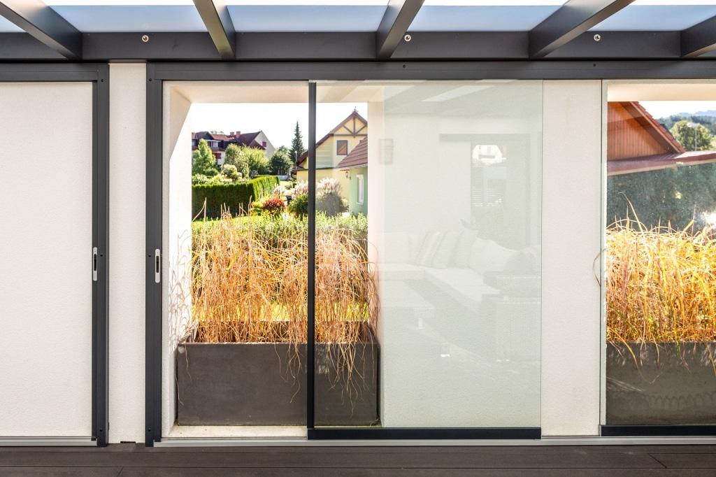 Schiebe 11 a   Schiebe-Glas-Elemente in Aluminiuim Rahmen mit Schienenführung   Svoboda
