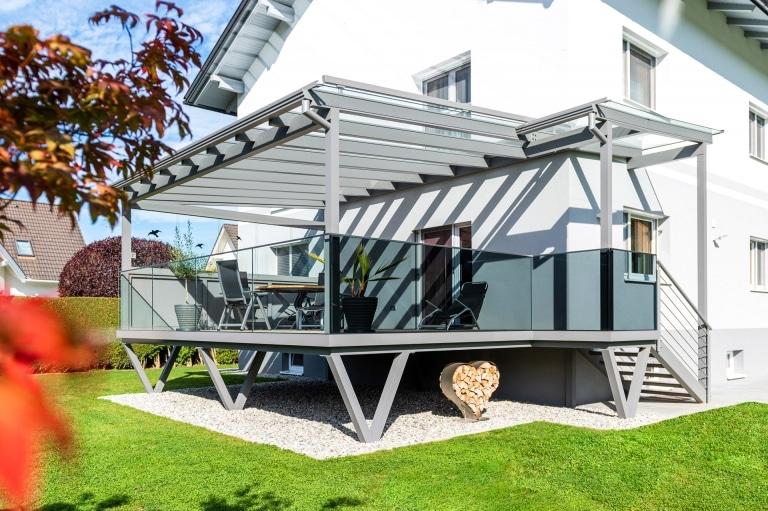 Terrassendach Alu 105 a | Alu-Glas-Überdachung bei Aluminium-Terrassenzubau | Svoboda Metall