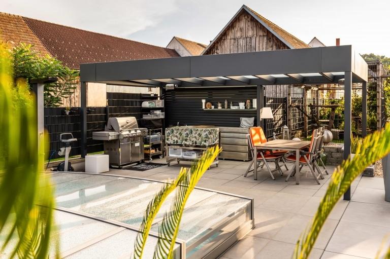Terrassendach Alu 99 a | Moderne Aluminium-Glas-Terrassenüberdachung im Kubus Stil, grau | Svoboda